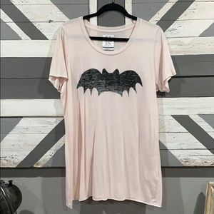NWOT Zoe Karssen Light Pink Bat T-Shirt, Sz L